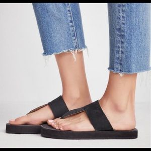 New Free People Waterfront Flip Flop Sandals 39